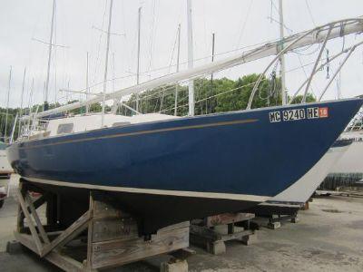 Kenner Kittiwake Starboard bow view