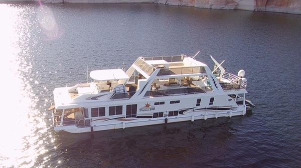 Stardust Cruisers Prodigal Sun CUSTOM HOUSEBOAT