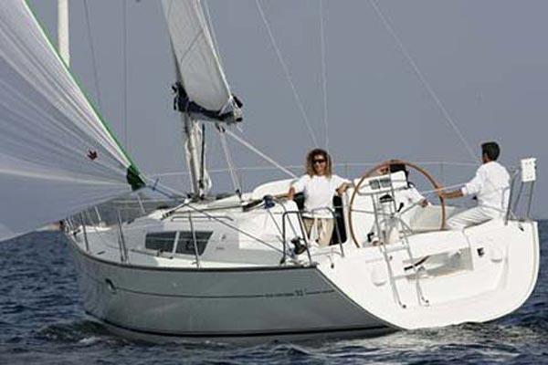Jeanneau Sun Odyssey 32i Manufacturer Provided Image
