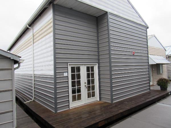 Custom Boathouse FRONT VIEW