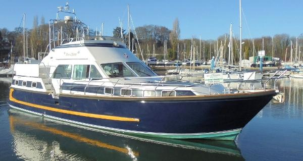 Aquastar 45 Aquastar 45 - On the water 1
