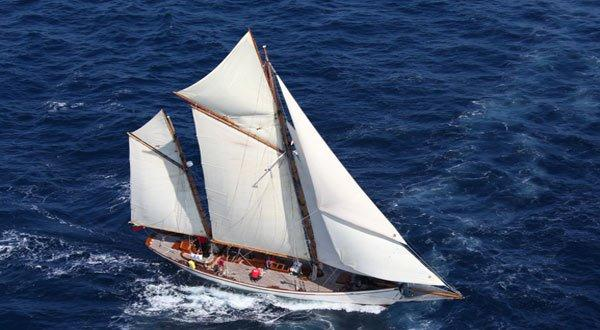 White Bros Southampton yacht classique - classic yacht