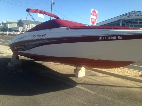 Caravelle Boats 242LS Bow Rider