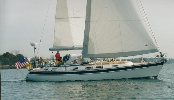 Hallberg-Rassy 43 Sloop Under Sail