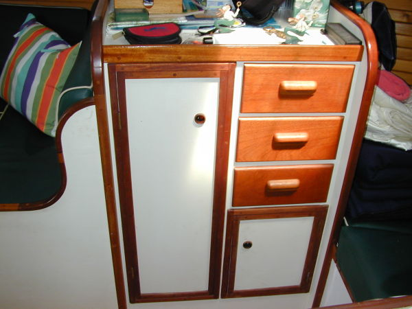 Hanging Locker & Drawers