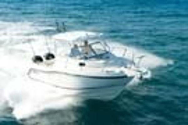 Boston Whaler 255 Conquest 268459_p_t_135x90_image02