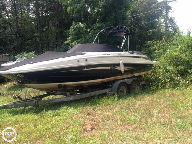 Sea Ray 230 Sundeck 2008 Sea Ray 230 Sundeck for sale in Fort Mill, SC