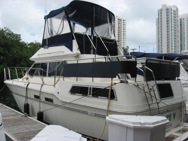 Sea Ray 360 Aft Cabin 1983 36' Sea Ray Aft Cabin MY
