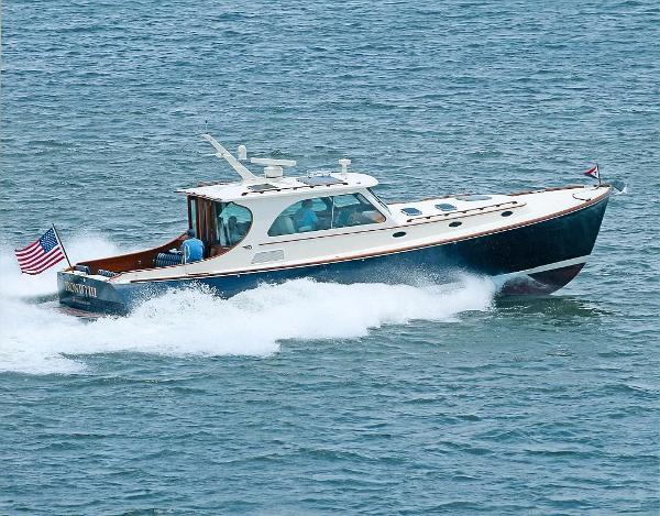 Hinckley Talaria 44 MKII Motoryacht