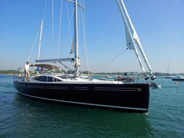 'Constance' Bow View
