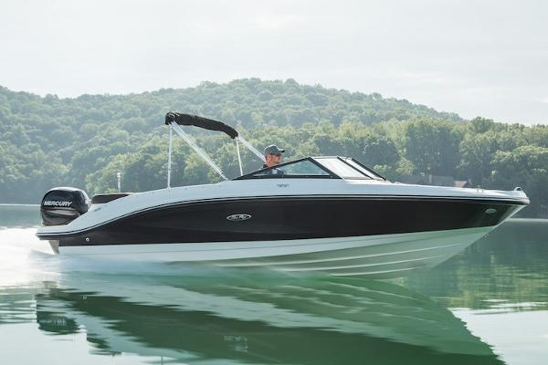 Sea Ray 21SPX-OB Manufacturer Provided Image