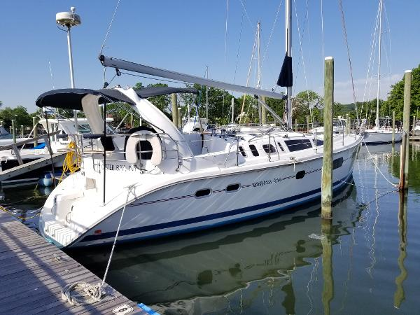 Hunter 410 Profile 1