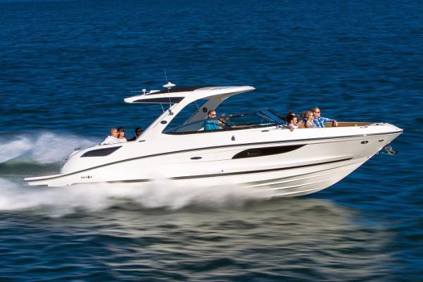 Sea Ray SLX 350 Manufacturer Provided Image