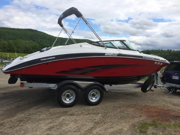 Yamaha Boats Marine 212SS
