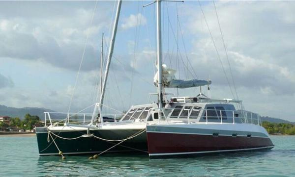 Oceanic 55 Catamaran Profile