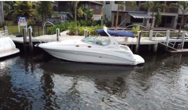 Sea Ray 320 Sundancer Profile