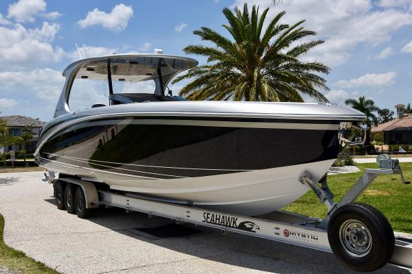 Mystic Powerboats M4200 Mystic Powerboats M4200