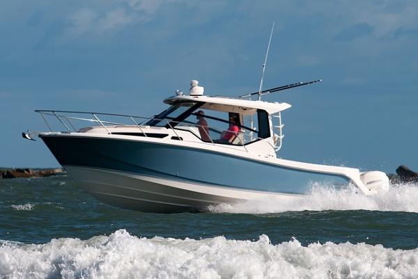 Boston Whaler 325 Conquest Manufacturer Provided Image