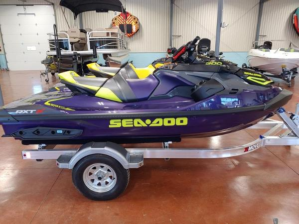 Sea-Doo RXT®-X® 300 Midnight Purple
