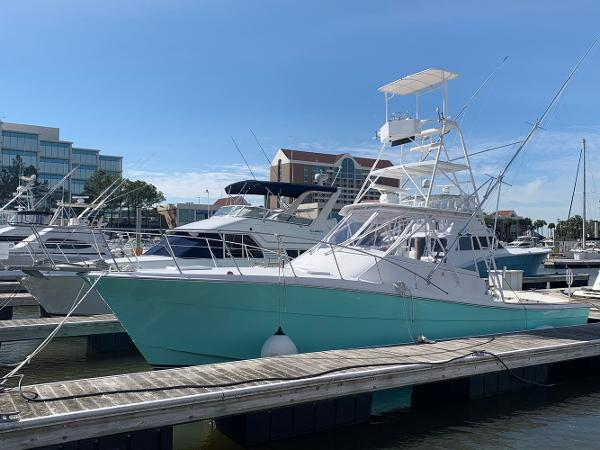 Topaz 36 Custom Express Sportfisherman