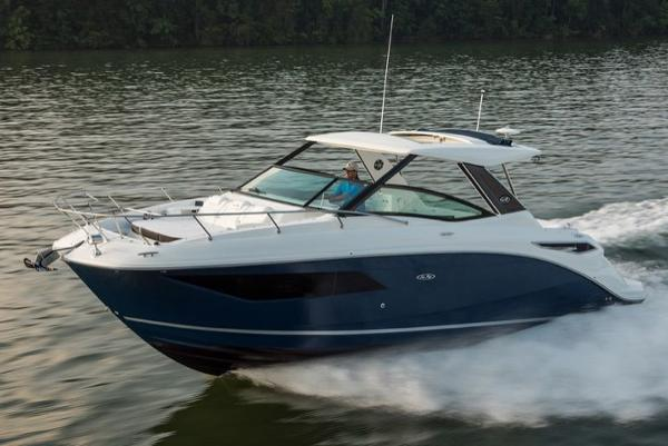 Sea Ray 320 Sundancer Manufacturer Provided Image