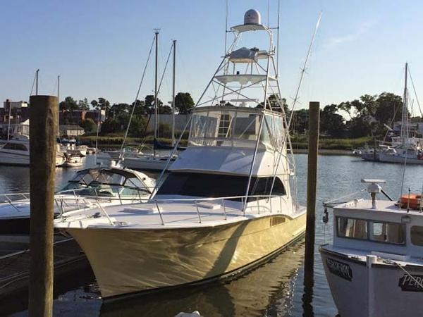 Hatteras 46 Convertible Sportfish Main Profile