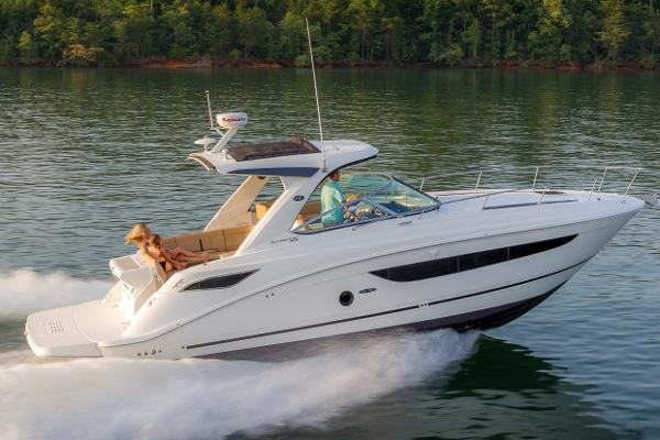 Sea Ray Sundancer 350 Manufacturer Provided Image
