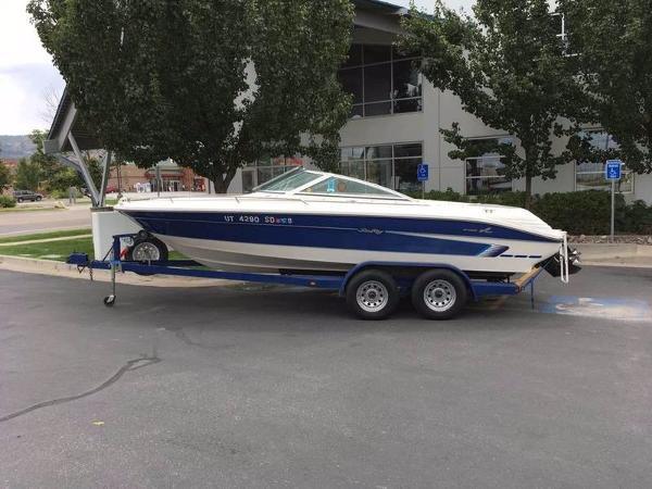 Sea Ray BR 200