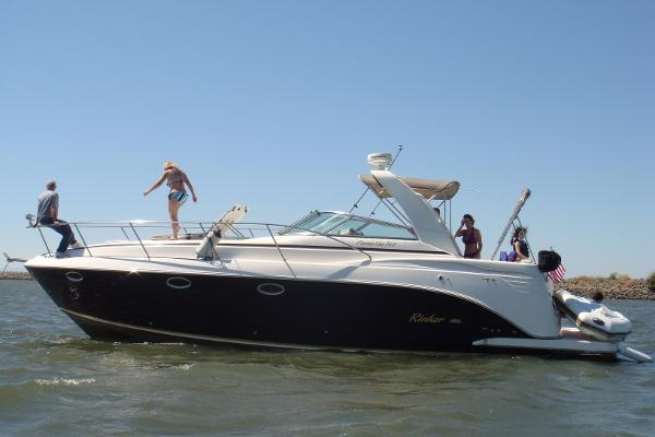 Rinker 36 FIESTA VEE EXPRESS Main photo