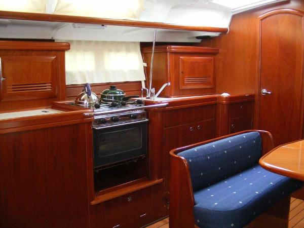 Saloon/ galley