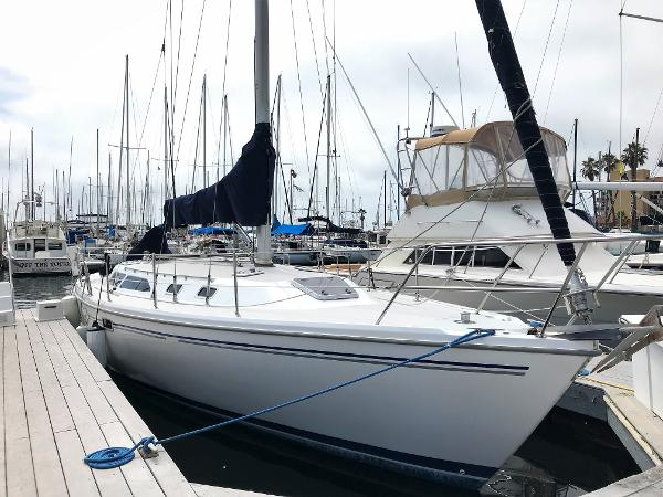 Catalina 36 MkII Starboard Side at dock