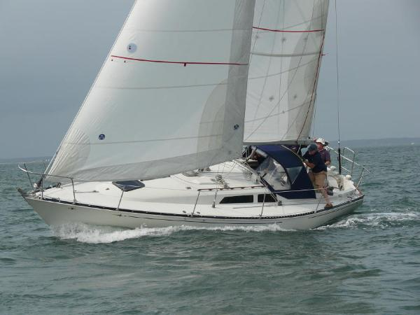 C&C 34 Sloop Under sail