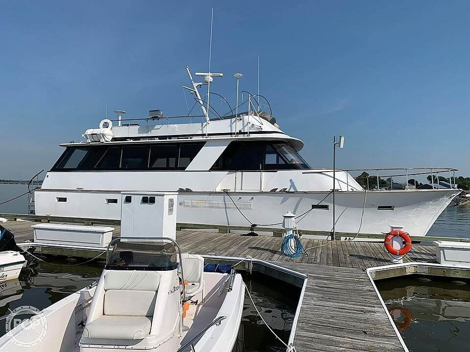 Chris-Craft Roamer 1975 Chris-Craft Roamer for sale in Essex, MD