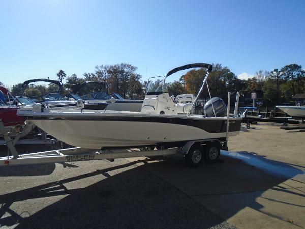 Sea Fox Bay Fox 220XT