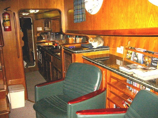 Main Saloon port aft
