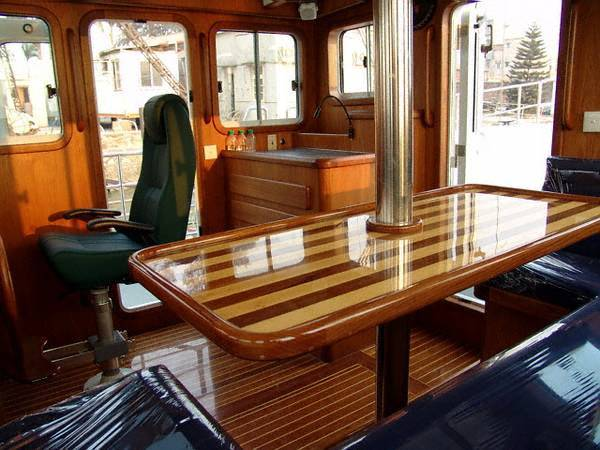 Pilothouse stbd aft
