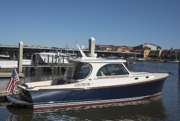 Hinckley Picnic Boat MKIII ANDALE