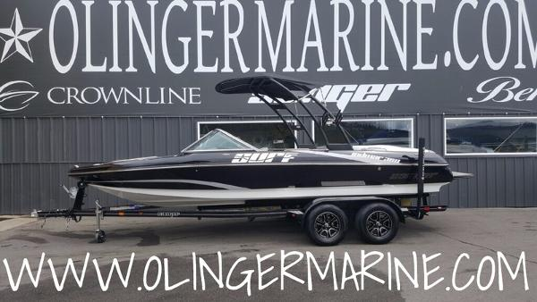 Sanger Boats 215 S