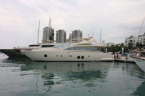 Aicon 85 Starboard profile