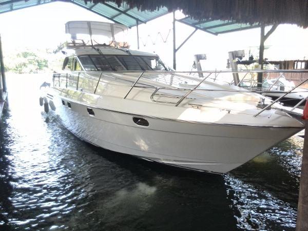 Viking Sport Cruisers 60 Flybridge