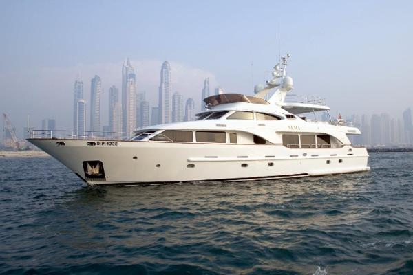Benetti Tradition 100ft OUTSIDE PORT SIDE
