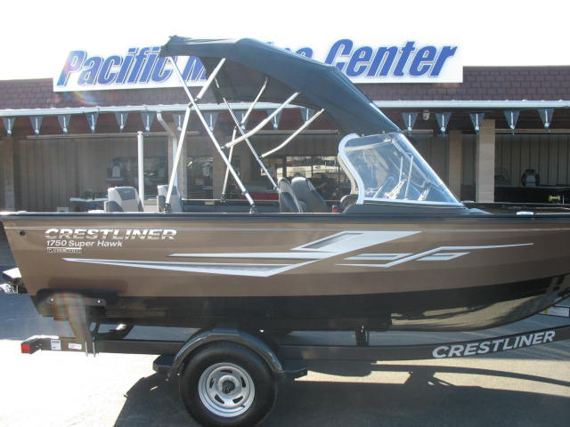 Crestliner 1750 Super Hawk w/ Mercury 115HP 4-Stroke