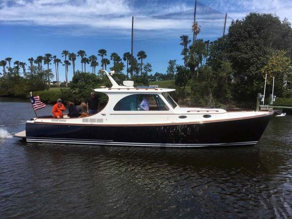 Hinckley 37 Picnic Boat MKIII Main Profile