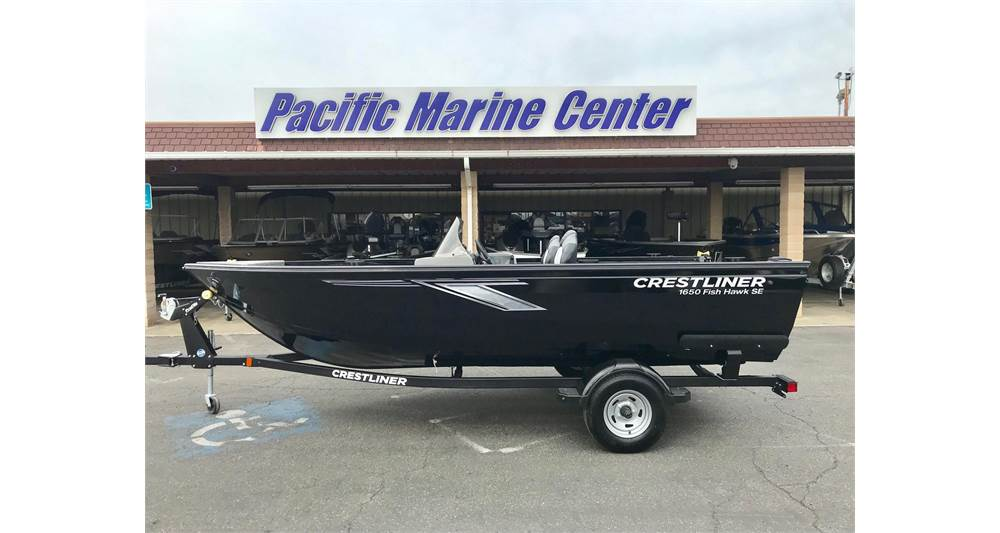 Crestliner 1650 Fish Hawk SE Side Console - 90HP Mercury