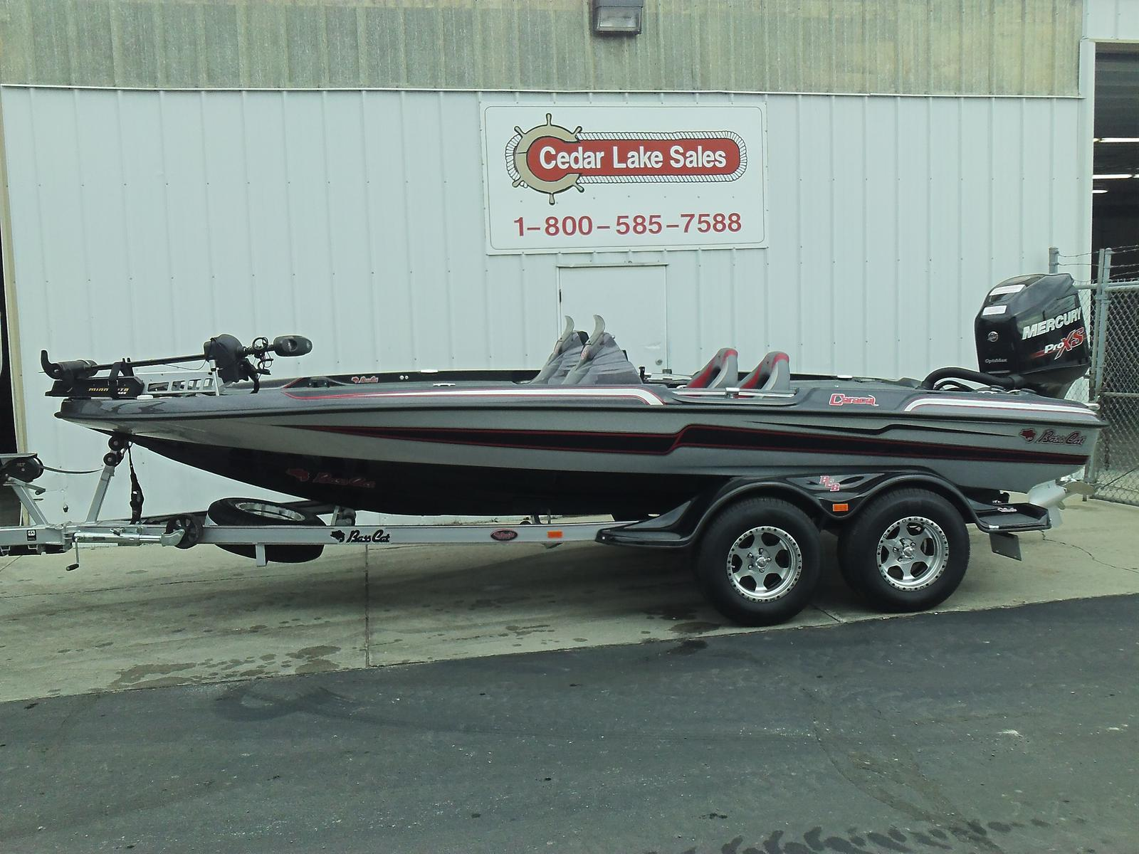 Bass Cat Boats CARACAL PREMIUM