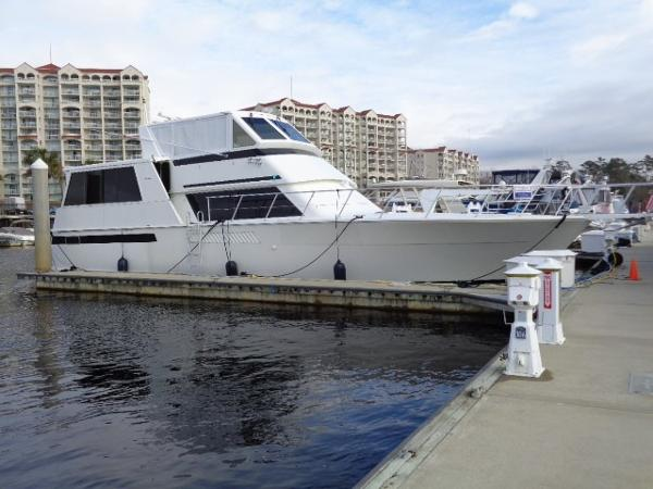 Viking 54 Motor Yacht Starboard Profile