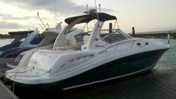 Sea Ray 340 Sundancer Starboard Side Aft
