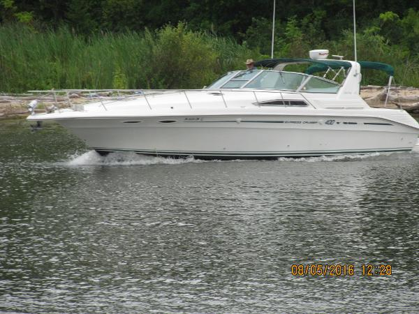 Sea Ray 400 Express Cruiser Heading Out