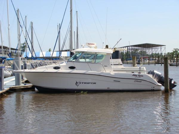 Seaswirl Striper 2901 Hardtop Profile