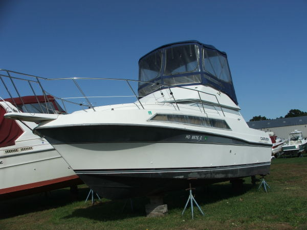 Carver Flybridge Photo 1